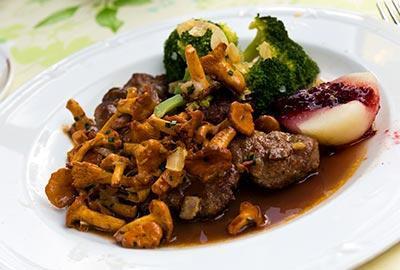 Rehschnitzel mit Pfifferlingen