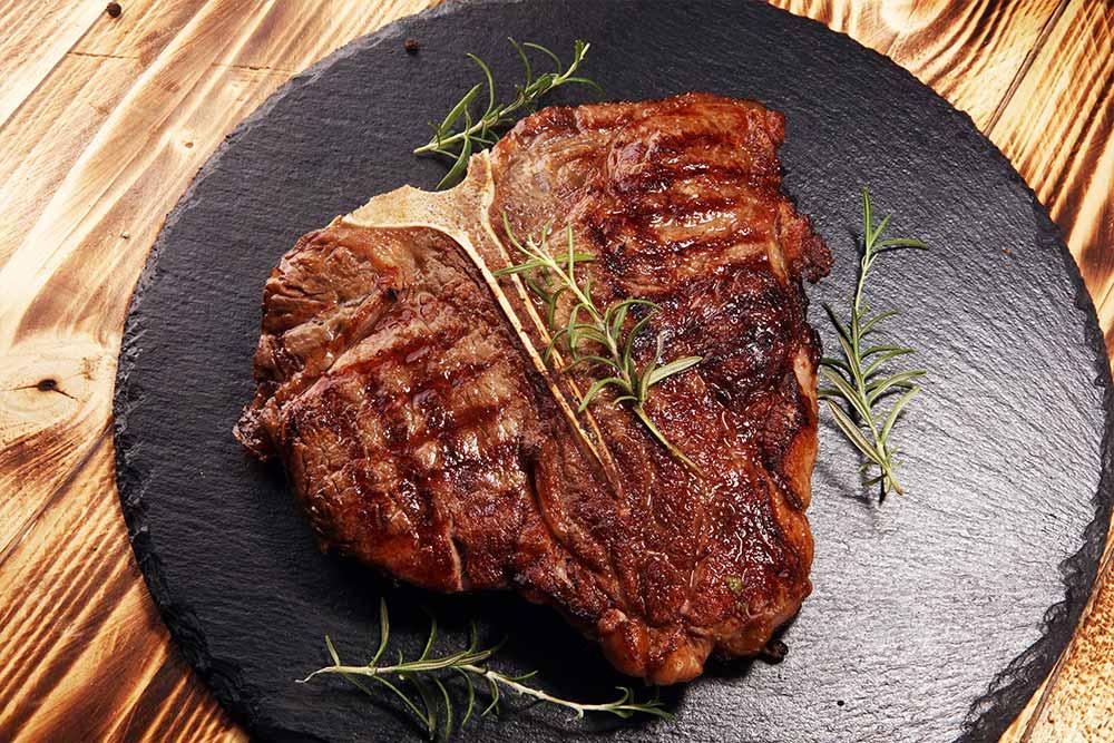 Mariniertes T-Bone Steak mit Thymian